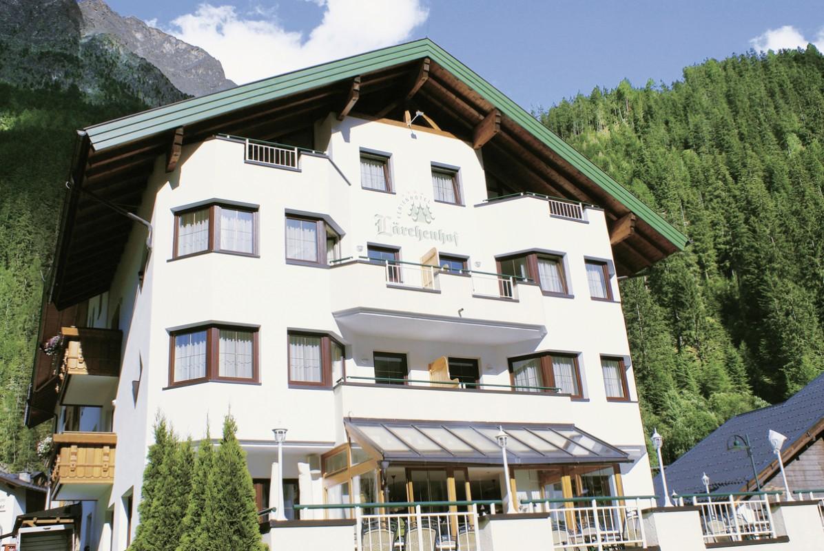 Hotel Lärchenhof, Österreich, Nordtirol, Feichten, Bild 1