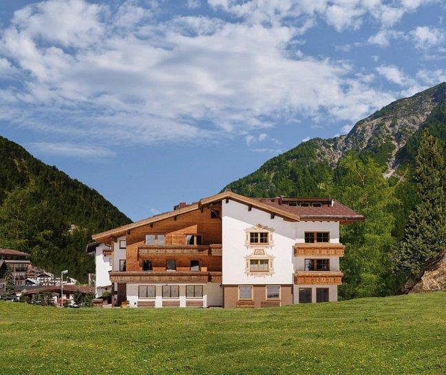 Hotel Macun, Österreich, Tirol, Macun, Bild 1