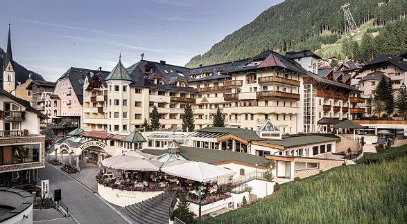 Hotel Post Ischgl, Österreich, Tirol, Ischgl, Bild 1
