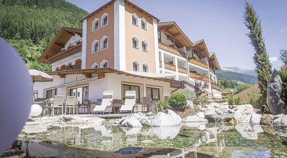 Hotel Neuwirt, Italien, Trentino-Südtirol, Steinhaus, Bild 1