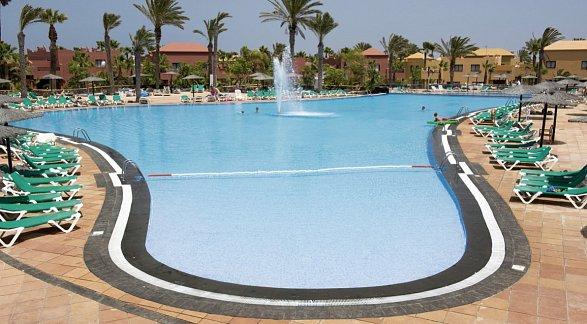 Hotel Oasis Papagayo Sport & Family, Spanien, Fuerteventura, Corralejo, Bild 1