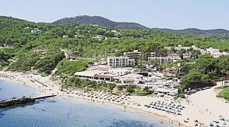 Hotel Invisa Cala Blanca, Spanien, Ibiza, Es Figueral, Bild 1