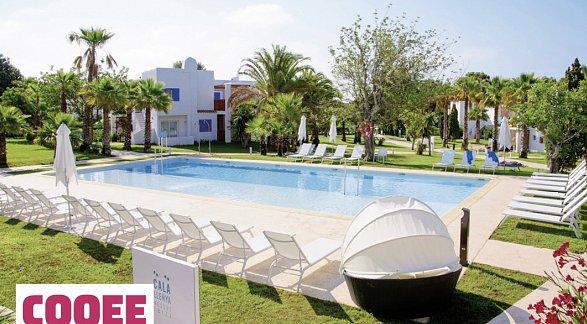 Hotel Cooee Cala Llenya Resort Ibiza, Spanien, Ibiza, Cala Llenya, Bild 1