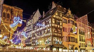 Weihnachtsmärkte im Elsass, Frankreich, Elsass, Riquewihr/Strassburg/Colmar