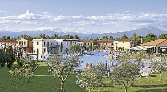 Hotel FeWo Residence Gasparina Village, Italien, Gardasee, Peschiera del Garda, Bild 1