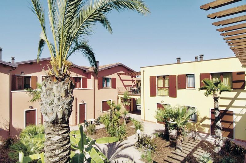 Hotel FeWo Residence Eden, Italien, Oberitalienische Seen & Gardasee, Castelnuovo del Garda, Bild 1