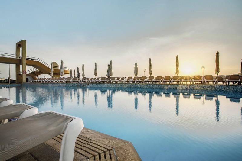 Hotel Seashells Resort at Suncrest, Malta, Qawra