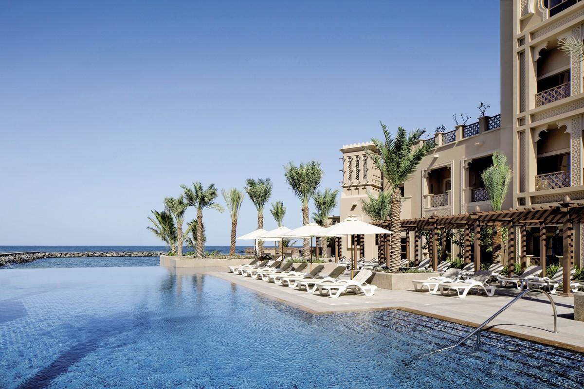 Hotel Sheraton Sharjah Beach Resort & Spa, Vereinigte Arabische Emirate, Dubai, Sharjah, Bild 1