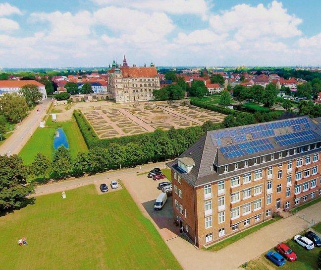 Greenline Hotel am Schlosspark, Deutschland, Mecklenburg-Vorpommern, Güstrow, Bild 1