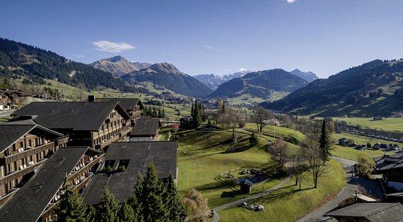 Hotel HUUS Gstaad, Schweiz, Berner Oberland, Gstaad, Bild 1