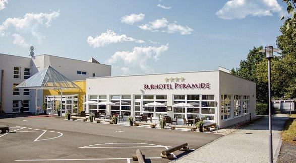 Hotel Kurhotel Pyramide Sibyllenbad, Deutschland, Bayerischer Wald, Neualbenreuth, Bild 1