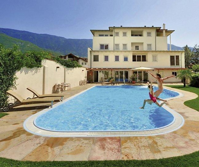 Hotel Teutschhaus, Italien, Südtirol, Kurtinig an der Weinstraße, Bild 1
