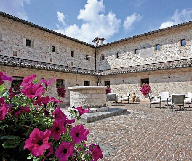 Park Hotel Ai Cappuccini, Italien, Umbrien, Gubbio, Bild 1