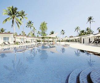 Kantary Beach Hotel - Villas & Suites, Thailand, Phuket, Khao Lak, Bild 1