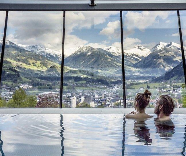 Hotel Schloss Lebenberg, Österreich, Tirol, Kitzbühel, Bild 1