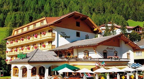 Hotel Berghof, Österreich, Kärnten, Innerkrems, Bild 1