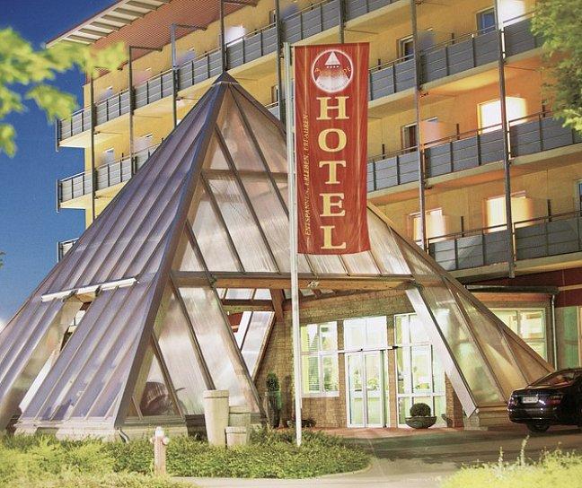 Hotel Kurhotel Pyramide, Deutschland, Bayern, Bad Windsheim, Bild 1