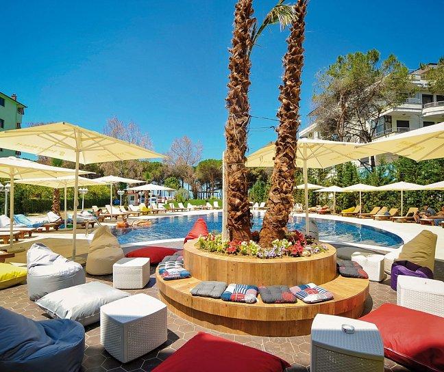 Sandy Beach Hotel, Albanien, Golem, Bild 1