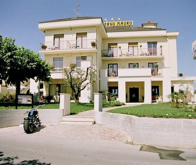 Hotel Mauro, Italien, Gardasee, Colombare, Bild 1