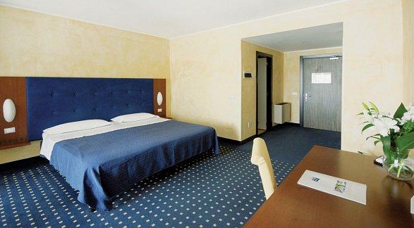 Hotel Villa Maria, Italien, Gardasee, Desenzano del Garda, Bild 1