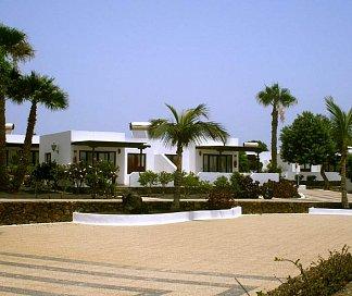 Hotel Bungalows Playa Limones, Spanien, Lanzarote, Playa Blanca, Bild 1