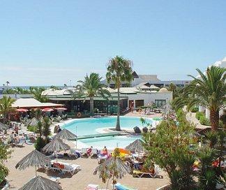 Hotel Club Siroco- Adults Only, Spanien, Lanzarote, Costa Teguise, Bild 1