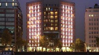 Hotel Park Plaza Riverbank London, Großbritannien, London